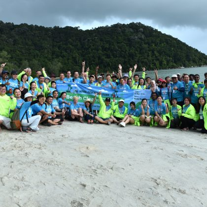 MPMA-Dow-Thong Guan Beach Cleanup